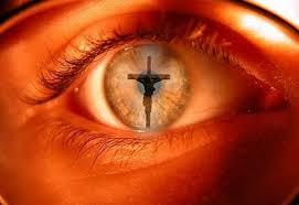 cruz no olho 1